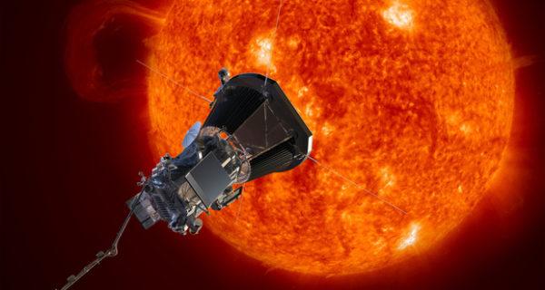 La Nasa va sul Sole: Parker Probe, la prima sonda che accarezzerà la nostra stella video