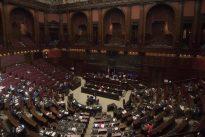 Presenze in parlamento: Fontana (PD) è la stachanovista, maglia nera ad Angelucci (FI)