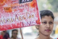 Giornata mondiale contro l'Aids, allarme dell'Unicef: ogni ora 18 bambini colpiti da Hiv