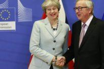 Brexit, ecco il compromesso. Ma su diritti e mercati ancora tutto aperto