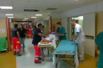 Sanità, ogni anno 3.000 aggressioni ai medici: da maggio raccolta firme per la sicurezza