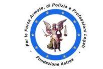 Foto di un ufficiale della Guardia di finanza postata su Facebook: prosciolta la Fondazione Astrea