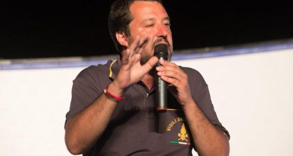 Salvini a Berlusconi: «Se preferisce il Pd lo dica». E ai 5 Stelle: «Non si può dire solo no»