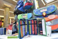 Scuola, la stangata di settembre: oltre 1000 euro per il corredo