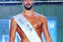 Mister Italia 2018, vince Nicola Savarese: 31enne laureato di Vico Equense
