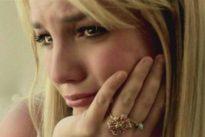 Britney Spears torna a mostrarsi sui social ma qualcosa non quadra: il mistero si infittisce