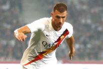 Roma, pressing su Dzeko: Fonseca e i compagni gli chiedono di restare. Domenica la sfida con il Real su TV8