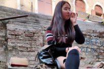 Valentina insultata sul treno dai bulli perché di origine cinese: «Mi hanno sputato addosso»