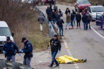 Potenza, ultrà travolti dall'auto dei tifosi rivali: morto un operaio e un ferito, tre fermati. Arrestate 25 persone