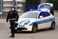 Roma: controlli su tutte le auto in giro: arrivano i posti di blocco, stop ai controlli a campione