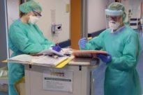 Coronavirus infermieri, 12mila contagiati e 38 morti. Speranza: «La sfida al Covid ha il vostro volto».